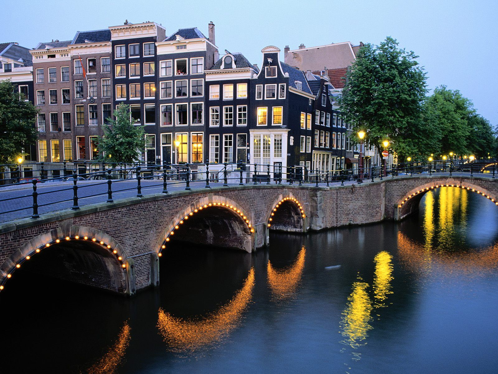 Amsterdam Hotels Holland Discount Hotels Save Money